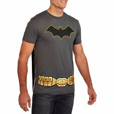 Batman Mens XL tshirt shirt costume with removable cape new 46 48