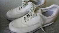 USA P. W. Minor X-Cell  shoes Beige leather Sz 7 New never used