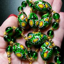 VINTAGE VENETIAN RARE GREEN MILLEFIORI GLASS BEAD HAND KNOTTED NECKLACE