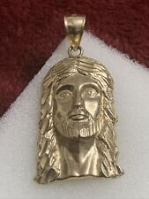 10 kt yellow gold 4 Grams jesus face charm 1 1/2 Inches