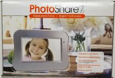 PHOTO SHARE 7 DIGITAL PHOTO FRAME WITH REMOTE CONTROL
