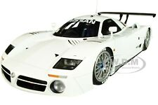 Box Dented NISSAN R390 GT1 LE MANS (1998) WHITE 1/18 DIECAST BY AUTOART 89877