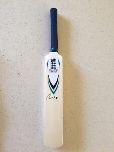 Eoin Morgan England Mini Cricket Bat Hand Signed. Autographed Bat. COA