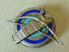 ANTIQUE ARCHERY ENAMEL SILVER PLATED BROOCH OR BADGE TARGET QUIVER AND BOW