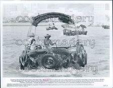 1982 Chuck Norris Crosses Aberdeen Bay in Forced Vengeance Press Photo