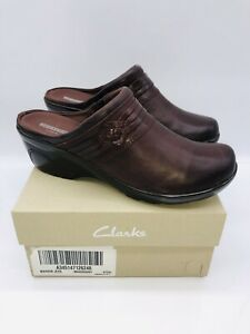 Clarks Women's Marion Jess Leather Woven Detailed Clogs - Mahogany US 7.5W