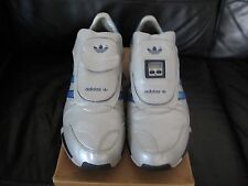 Adidas D.S Limited Edition For The Millenium Année 2000 Brit taille 8/U.S.A Taille 9