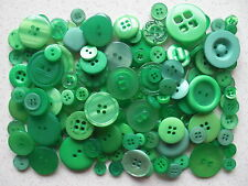 Green buttons mixed sizes 100 grams