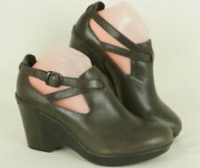 DANSKO Women's Franka Brown Leather Wedge Studded Shoes Size  39 - 8.5 US