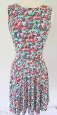 Sea New York Dress Size 6 Fun Print Super Soft  Stretchy Fabric Key Hole Back