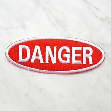 Ecusson Patch brodé thermocollant DANGER-rouge