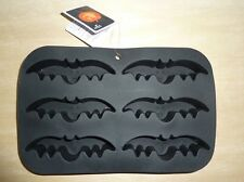 "Bat silicone cake pan Halloween entire pan measures approx. 10"" x 6"", bat 4 1/2"""