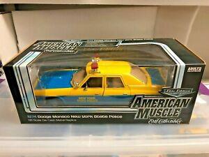 1974 Dodge Monaco  NEW YORK  State Police Car 1/18 AutoWorld  RARE HTF *NEW
