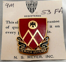 1950s period 53rd Field Artillery Battalion pin back Dui/ Di/ crest - Meyer 9M