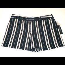 NWT Jones New York Black White Stripe Shorts Size 10