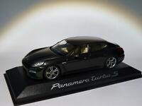 Porsche Panamera turbo S de 2013 au 1/43 de Minichamps WAP0206800E