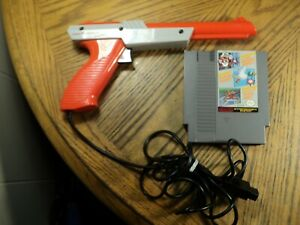 Nintendo Zapper Gun & Super Mario Bros / Duck Hunt / Track  Tested & Cleaned,