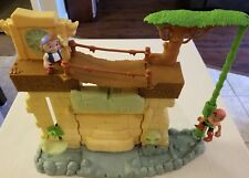Disney Jake and The Neverland Pirates Secret Lost City Play Set with 2 people