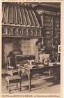 LAC D'ANNECY MENTHON-SAINT-BERNARD château la cheminée de la bibliothèque