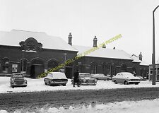South Shields Railway Station Photo. Tyne Dock, East Boldon and Line (21)