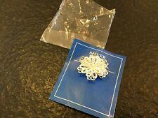 Fine silver flower brooch