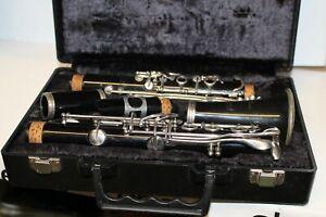 Bundy Resonite Selmer Company Klarinette Schwarz Mit Koffer Bläck mit Mundstück