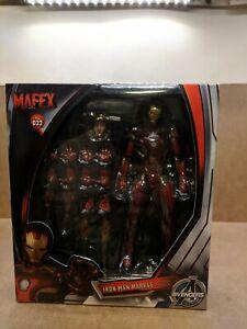 Mafex No.022 Avengers Age of Ultron Iron Man MARK 45 figure  ***Detached Leg***