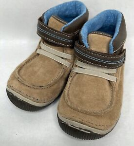 Stride Rite Chilton Chukka Tan Leather Ankle Boot Walking Shoes Sz. 7 Wide 7W