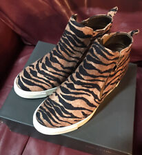 New listing New in box Vince Camuto girl's shoes - 4M - tiger print