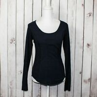 Lululemon Athletica Women's Scoop Neck Long Sleeve Base Layer top Blue animal