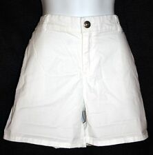 Women's KHAKIS by GAP Classic Fit Through Hip & Thigh WHITE Shorts sz 12 NWT $40