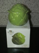 Le Creuset Petite Green Artichoke Casserole with Lid--Stoneware/ Bakeware 14 oz