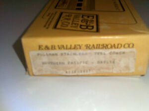 E&B Valley Railroad  HO  Stainless  Steel Coach  Kit  Southern Pacific Daylight