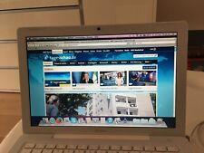 """Apple Macbook white - 2006 - it works - used - 13,3"""""""