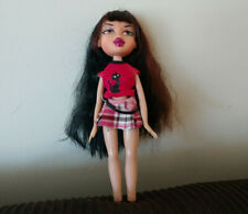 MGA 2001 Bratz doll Yasmin long brown hair with cat shirt & skirt