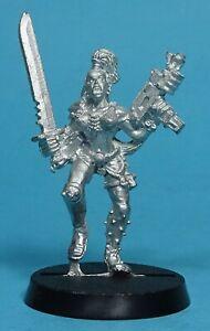 Citadel - Necromunda - Escher w/ Autopistol & Sword (C) - Metal - Warhammer 40K