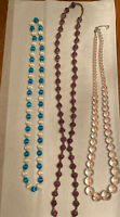 VINTAGE SINGLE STRAND GRADUATED CLEAR BEAD NECKLACE and purple top bead long lot