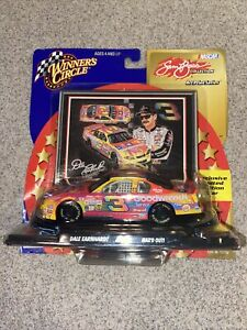 Winner's Circle Dale Earnhardt #3 Goodwrench Peter Max 2000 Sam Bass 1/43