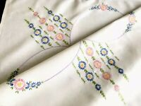 VINTAGE HAND EMBROIDERED Off White LINEN TABLE CLOTH 32x33 Inches