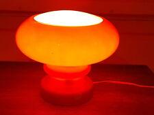 Lampe Design en Opaline Rouge et Blanche, Champignon. Années 70. Vintage