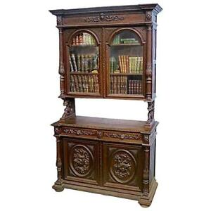 Exceptionally Carved Flemish Antique Buffet a Deux Corps in Walnut, circa 1850