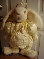 VINTAGE TILLY COLLECTIBLES 1987 RABBIT ANGEL VICTORIAN SATIN/LACE DÉCOR  23""