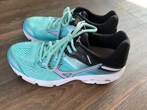 Mizuno Wave Inspire 15 Running Sneakers Shoes Women's Size 7