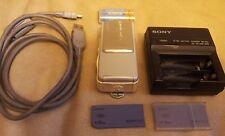 Sony Cyber-Shot DSC-U10 1.3 MP Digital Still Camera Silver 2 Memory Sticks WORKS