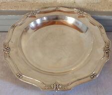 plat rond argent massif minerve fleurs de lys Vaguer silver dish 853 grammes