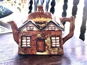 Vintage Cottage Ware Teapot.  Price Bros.  Made in England.