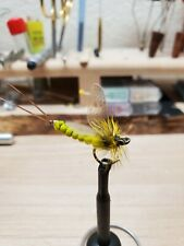 Mayfly fishing fly (yellow wings)