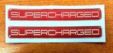 2 X Pegatinas/Calcomanías sobrealimentados-cromo en Rojo-acabado de alto brillo abovedado Gel