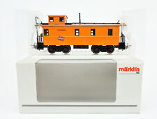 MARKLIN HO SCALE 45704 MILWAUKEE ROAD CABOOSE #01606 -B