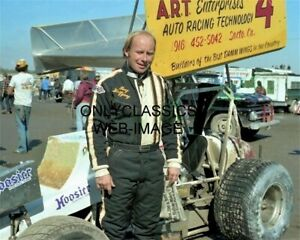 1981 DOUG WOLFGANG WORLD OF OUTLAWS WINGED SPRINT CAR PHOTO AUTO RACING LEGEND